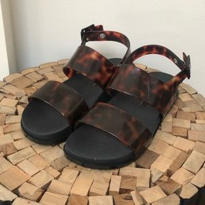 Tortoise Shell & Black Sole Birkenstock-like